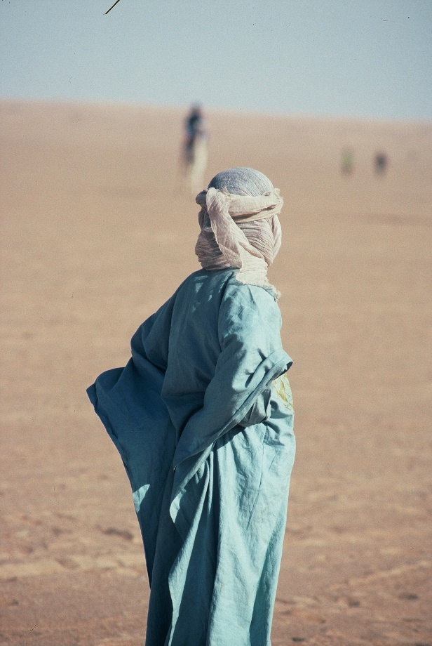 Touareg boy watching Camel Race, Tin Essako, Jan 2001